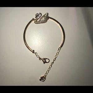Swarovski crystal swan rose gold bangle